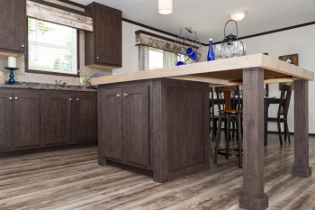 95PLH28523AH_Kitchen-Island_01